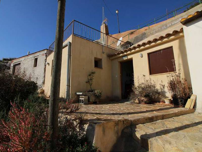 Cave House - For Sale - Blanca - Blanca