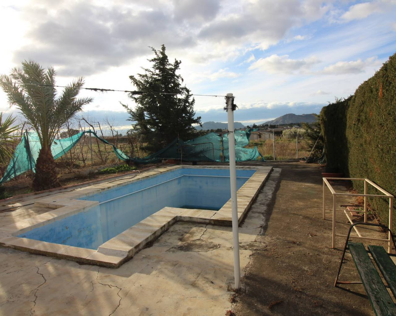 For Sale - Country House - Abaran