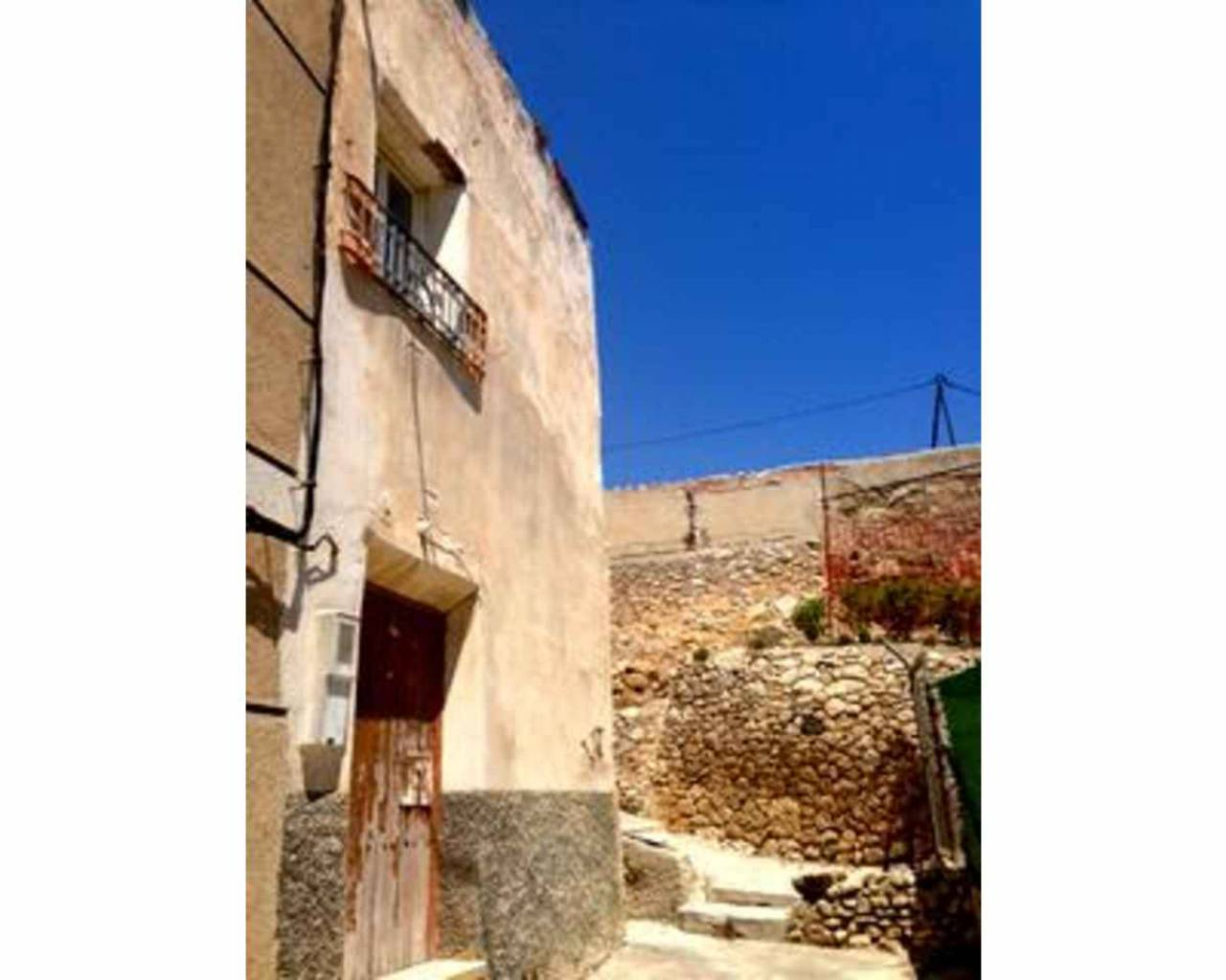 For Sale - Town House - Blanca - Great access, nice location approximately 5 minute